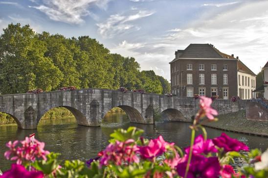 Sendungsbild: Niederlande