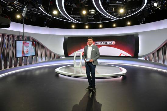 Sendungsbild: Fußball Freitag International