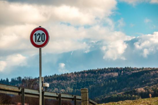 Sendungsbild: Rennstrecke Autobahn